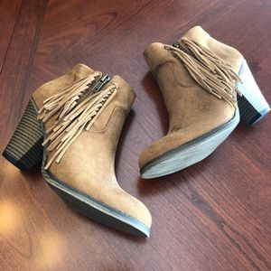 MIA Tan Booties with Fringe Size 7.5